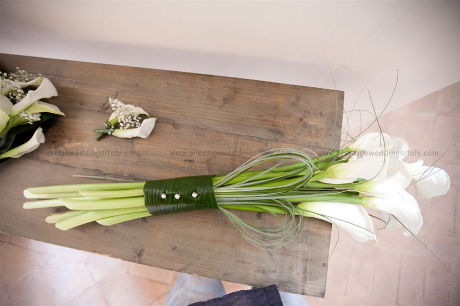 brdialbouquet with calla lillies