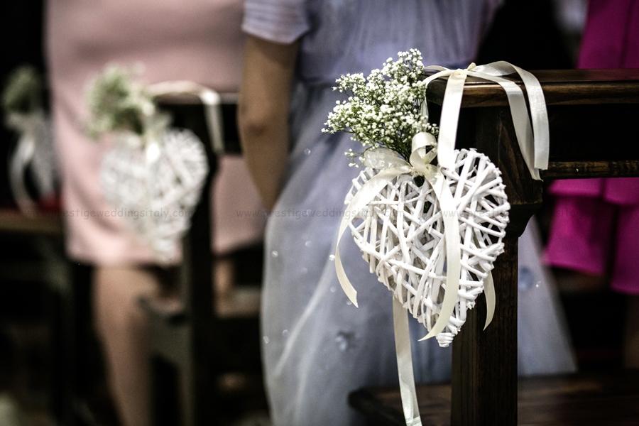 Lovely decor for a church ceremony with heart and baby breath lovely decor for a church ceremony with heart and baby breath wedding italy junglespirit Images