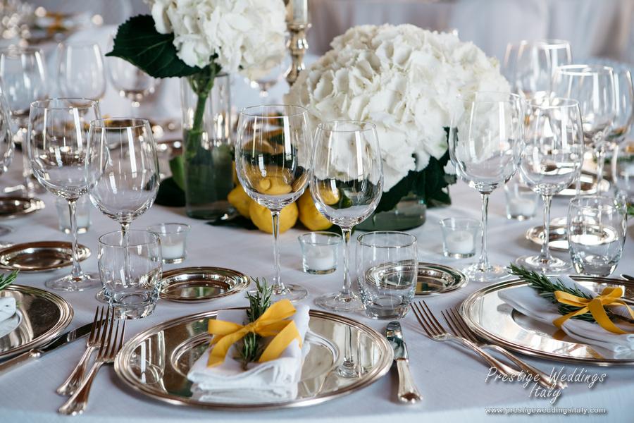 La Domus Orvieto Wedding Venue Floral Decoration For Seated Dinner