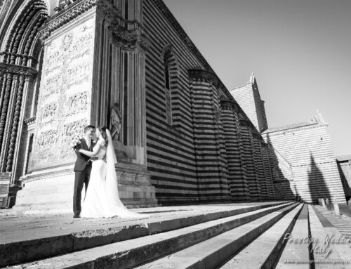 Take your wedding photo in front of the Orvieto Cathedral in Italy