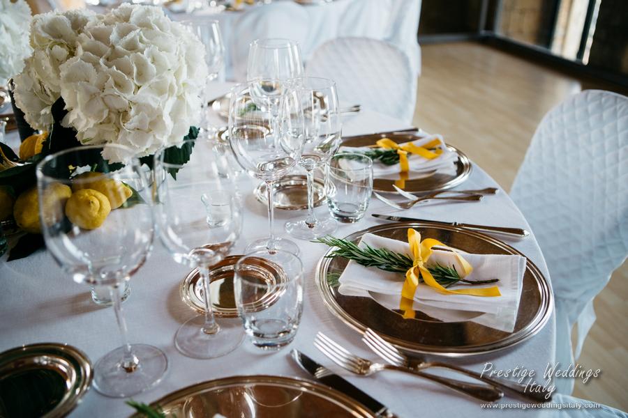 La Domus Orvieto wedding venue. vist page at https://www.prestigeweddingsitaly.com/la-domus-orvieto-wedding-venue-floral-decoration/